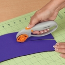 Fiskars® Rotary Cutters and Cutting Mat
