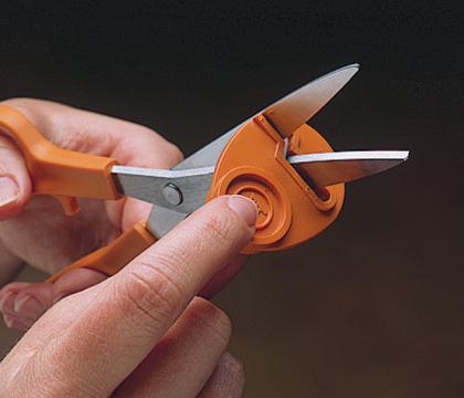 fiskars scissor sharpener instructions